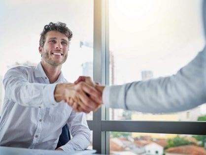 Descubra como funciona a entrada de um novo sócio no negócio